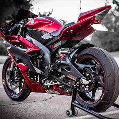 Who wants it? @streetbikesforever #SportBikeLife #Yamaha