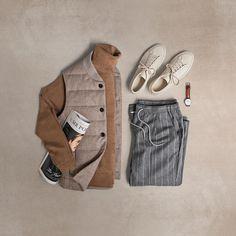 "204 Me gusta, 2 comentarios - Matt Graber (@matthewgraber) en Instagram: ""+ #grabergrid - Vest: @suitsupply Turtleneck: @bananarepublic Paper: @mrporterlive Sneakers:…"""