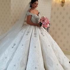 Ball Gown Off The Shoulder Wedding Dress With Lace Appliques, Gorgeous Bridal Dress Extravagant Wedding Dresses, Short Lace Wedding Dress, Cheap Wedding Dresses Online, Amazing Wedding Dress, Top Wedding Dresses, Wedding Dress Accessories, Wedding Dress Trends, Princess Wedding Dresses, Wedding Gowns