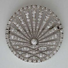 belaquadros:    Art Deco Diamond Brooch  1915