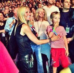 Gwyneth, Apple, Moses, & Blythe all watching Chris