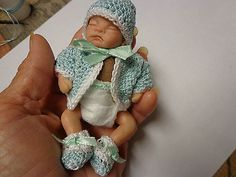 OOAK GIRLBABY HAND SCULPT POSABLE BY CECE 4 INCH NOT FOR CHILDREN/COLLECTORS D
