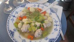 Danish Meatball and Dumpling Soup is a great winter soup! -  Oksekødssuppe medkødboller og melboller
