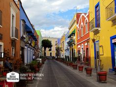 EL MEJOR HOTEL EN PUEBLA. Su historia, arquitectura, gastronomía, museos y tradiciones, convierten a la capital poblana en un gran atractivo para los turistas. En Best Western Real de Puebla, le invitamos a a hospedarse en nuestras instalaciones, donde comenzará su gran viaje. #bestwesternpuebla