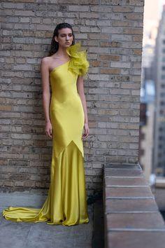 Prabal Gurung Pre-Fall 2020 Fashion Show - Vogue Fashion Week, Runway Fashion, Fashion Show, Formal Wear, Formal Dresses, Costume, Prabal Gurung, Silk Charmeuse, Yellow Fashion