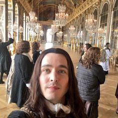 ⚜ Versailles ⚜ (@VersailleSeries) | Twitter Versailles Season 2, Versailles Bbc, Versailles Tv Series, Hair Flip, Period Dramas, Movies And Tv Shows, Actors & Actresses, Beautiful Men, Movie Tv