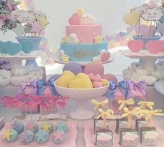 The Top Romantic Gift Ideas – Gift Ideas Anywhere Rainbow Parties, Rainbow Birthday Party, 2nd Birthday Parties, Baby Birthday, Baby Shower Cakes, Baby Shower Themes, Cloud Party, Sunshine Birthday, Unicorn Party
