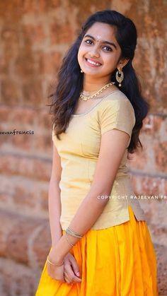 Gijyhjjh I Hit tiny Beautiful Blonde Girl, Beautiful Girl Photo, Beautiful Girl Indian, Most Beautiful Indian Actress, Beautiful Saree, Beauty Full Girl, Cute Beauty, Beauty Women, Photos Fitness