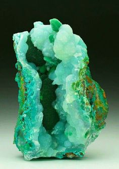 Chrysocolla with malachite and chalcedony