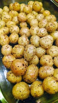 Roasted Baby Yellow Dutch Potatoes ~ Sometimes the simplest recipes are the best. There are no fancy ingredients or difficult steps to follow. Just a good ol' recipe for delicious roasted potatoes! They're a perfect side dish to practically anything!