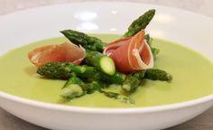 Recette de soupe d'asperges, mozzarella et copeaux de jambon par Alain Ducasse