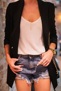 42 ideas how to wear white jeans summer moda в 2019 г. Blazer Outfit, Look Blazer, Blazer And Shorts, Spring Fashion Outfits, Look Fashion, Trendy Fashion, Summer Outfits, Womens Fashion, Trendy Style