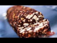 Keksztekercs videó recept (biscuit cake) - YouTube Hungarian Desserts, Hungarian Recipes, Hungarian Food, Croatian Recipes, Biscuit Cake, Food Videos, Banana Bread, Fondant, Biscuits