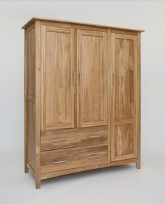 Hereford Oak 3 Door Gents Triple Wardrobe