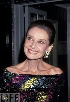 Audrey Hepburn, a true beauty.