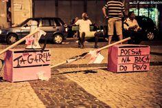 """A poesia vai ganhar as ruas do centro do Rio de Janeiro no dia 1 de abril, com o evento """"Circuito Tagarela"""", que promove uma competição de poesias a partir das 18h, no Largo de São Francisco de Pádua, com participação gratuita."""