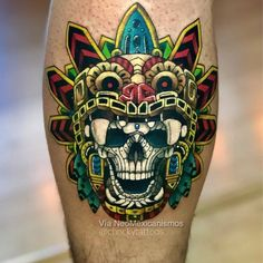 If you want to see ideas Mayan and Aztec tattoos and thus find inspiration to make yours, here we show you options you might like! Skull Couple Tattoo, Skull Tattoos, Love Tattoos, Body Art Tattoos, Symbol Tattoos, Tattoo Ink, Arm Tattoo, Hand Tattoos, Tatoos