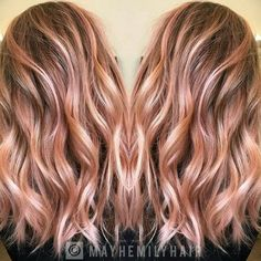 Are you completely up-to-date with the very latest hair color ideas? If you're looking for a way to add extra personality to your hairstyle, deal with unwanted grey or show you're a totally trendy gal – come on in! This year's hair color trends cover every possible shade and are full of exciting new combinations …