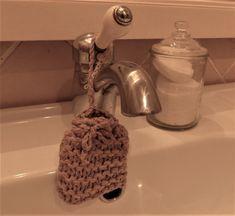 Enfin çà ressemble plus à un gant de toilette pour la forme... !! çà fait fureur chez les écolos, on n'utilise plus de gels douche...