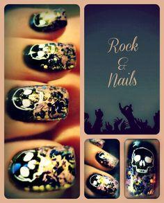 Skull nail art by Rock & Nails