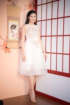 Hồ Ngọc Hà soán ngôi nữ hoàng mặc đẹp với đầm nửa tỷ trên thảm đỏ tuần này - ảnh 4