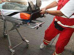 Varnsdorf – Pomocí defibrilátoru zachránili městští strážníci ve Varnsdorfu život staršímumuži.