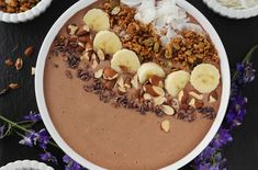 """Chocolate """"Peanut Butter"""" Protein Smoothie Bowl"""