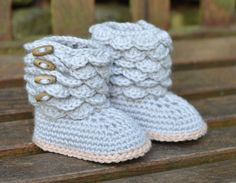 Crochet Pattern Baby Booties with Scallops Baby por matildasmeadow