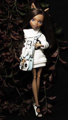 Monster High Clawdeen Wolf Dead Tired ooak doll   pretty!!