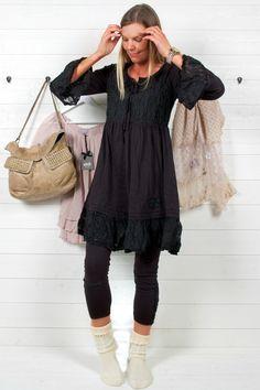 SIMPLE BELIVES JERSEY DRESS SVART - Bloomingshop.se Sewing, Simple, Inspiration, Dresses, Biblical Inspiration, Vestidos, Dressmaking, Couture, Stitching