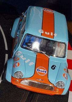 Mini Cooper S, Mini Cooper Classic, Mini Cooper Clubman, Classic Mini, Classic Cars, Mini Countryman, Slot Car Racing, Slot Cars, Rc Cars
