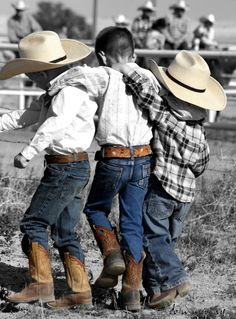 cowboys and country! Little Cowboy, Cowboy Up, Cowboy And Cowgirl, Little Boys, Cowboy Hats, Rodeo Cowboys, Real Cowboys, Cowboys And Indians, Westerns