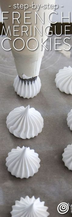 How to Make a French Meringue Cookies Recipe. So simple easy and pure meringues are the lightest almost cloud-like cookies and pastries with a crisp outer shell and slightly chewy interior. This is one of those classic must know recipes. French Desserts, Just Desserts, Delicious Desserts, How To Make Desserts, French Recipes, French Meringue Cookies Recipe, Baked Meringue, Easy Meringue Recipe, Meringue Kisses