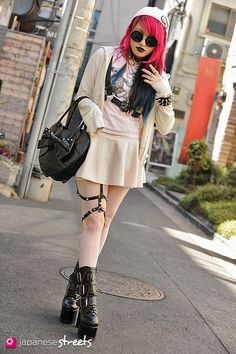 FASHION JAPAN: Risa (Lisa13) (Harajuku,Tokyo,7th,LOVE GIRLS MARKET,Graniph,Spider Rock Web,Demonia)