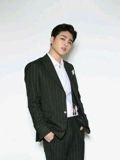 Ikon Junhoe, Kim Jinhwan, Ikon Kpop, Chris Brown, Yg Entertainment, Shinee, Ikon News, Divas, Park Bom