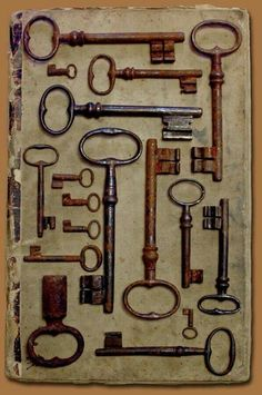 love old antique keys! So gorgeous to hang or pl. - I love old antique keys! So gorgeous to hang or pl… – I love old antique keys! So gorgeous to hang or pl. - I love old antique keys! So gorgeous to hang or pl… – Antique Keys, Antique Iron, Antique Radio, Antique Tools, Vintage Iron, Knobs And Knockers, Door Knobs, Cles Antiques, Old Keys