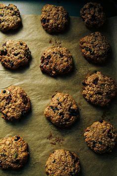 ultimate breakfast cookies (vegan, gluten-free + sugar-free!)