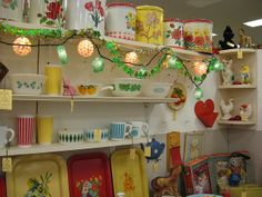 antique mall display | Kitchen Booth Display by ohio valley antique ... | Antique Shop Displ ...