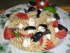 Napolilainen pastasalaatti Kotikokki.netin nimimerkki Masotton tapaan