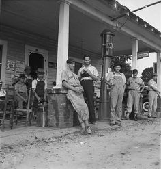Filling station loafers, 1939