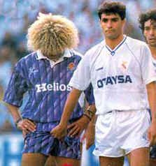 Valderrama 1993...Hmmm!!! Try to distract him another way :/  Hahaha!!! Ewwww!!! Nasty!!!   :P
