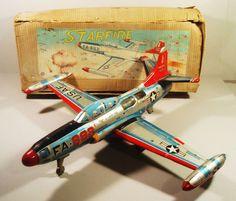 VERY LARGE TIN FRICTION STARFIRE JET AIRPLANE PLANE ORIGINAL BOX YONEZAWA JAPAN Origami, 1980 Toys, Toys In The Attic, Airplane Toys, Vintage Tins, Tin Toys, Classic Toys, Antique Toys, Toy Boxes