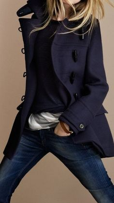 Burberry Regimental Wool Duffle Coat>>> another outfit I'd love to have. God, I love jackets/coats! Looks Street Style, Looks Style, Look Jean, Look Fashion, Womens Fashion, Fall Fashion, Fashion Sets, Ladies Fashion, Runway Fashion