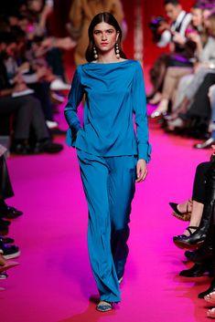 Jorge Vázquez MBFWMadrid OI 2018/2019 Total look azul Look pijama Mercedes Benz, Madrid, Peplum Dress, Fall Winter, Vogue, Dresses, Fashion, Babydoll Sheep, Blue Nails
