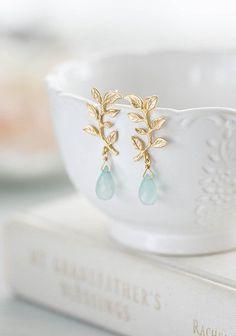 Bridesmaid Earrings, Bridal Earrings, Gemstone Earrings, Crystal Earrings, Bridal Jewelry, Dangle Earrings, Leaf Earrings, Chandelier Earrings, Bridal Accessories