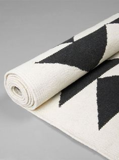 Suki Cheema - Black Marble Hand Woven Cotton Rug from Couverture and The Garbstore