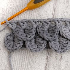 A pretty stitch that's ideal for crocheting scarves and other accessories. This…