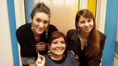 Silvia, Sonia e Cecilia modelle per i gioielli che l'amico Giovanni ha donato al Nemo