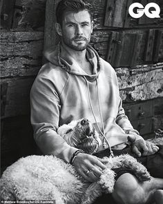 Chris Hemsworth for GQ Australia May/June 2020 by Matthew Brookes - Fashionably Male Chris Hemsworth Thor, Retro Tapet, Gq Australia, Hemsworth Brothers, Man Thing Marvel, Vegetable Garden Design, Vegetable Gardening, Marvel Actors, Thor Marvel