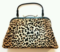Clutch Vintage Leopard Animal Print